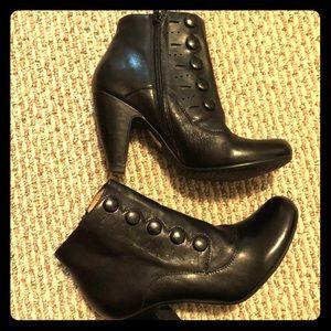 Miz Mooz Retro Black Zip Ankle Booties 7